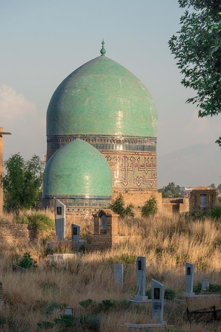 turquoise-domed tombs at the Shah-i-Zinda