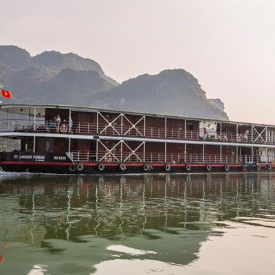 Cruise Pandaw: Halong Bay and the Red River