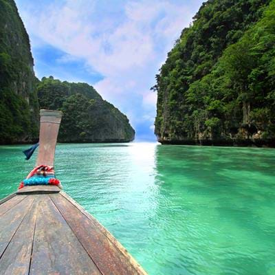 Top 10 Boat Trips in Southeast Asia